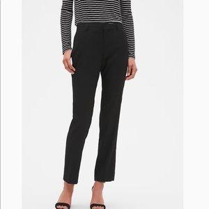 Banana republic black cropped trousers 8